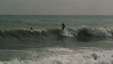 Surf report FR, Antibes - Fort Carré  (06) du 2011-10-15 09:00:00