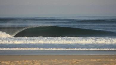 Surf report FR, Lacanau Océan - La Nord (33) du 2011-10-16 08:00:00