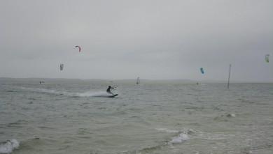 Wind report FR, Arcachon - Les Arbousiers (33) du 2011-12-13 11:00:00