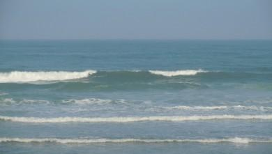 Surf report FR, Lacanau Océan - La Nord (33) du 2011-04-25 09:10:00
