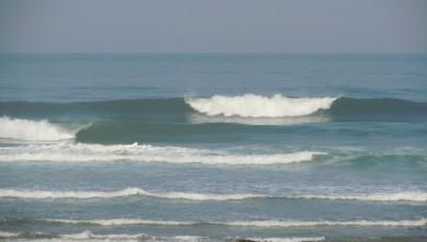 Surf report FR, Lacanau Océan - La Nord (33) du 2011-04-27 09:45:00