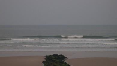 Surf report FR, Lacanau Océan - La Nord (33) du 2011-04-28 07:20:00
