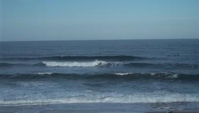 Surf report FR, Lacanau Océan - La Nord (33) du 2011-07-04 09:00:00