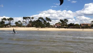 Surf report FR, Andernos - Le Betey (33) du 2012-05-01 13:55:00