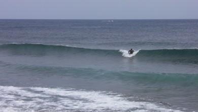wave report FR, Sausset les Pins - Plage du Port (13) du 2012-06-08 17:25:00