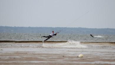 wind report FR, La Hume (33) du 2012-04-02 16:00:00