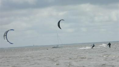 Wind report FR, Andernos - Le Betey (33) du 2012-04-21 15:00:00