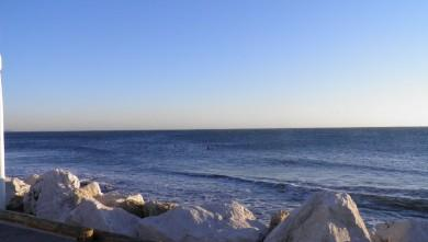 wave report FR, Sausset les Pins - Plage du Port (13) du 2012-12-08 16:00:00