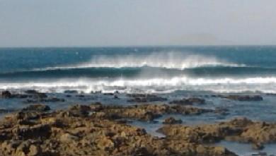 wave report ES, Playa Famara - Lanzarote (ES) du 2013-03-05 10:00:00