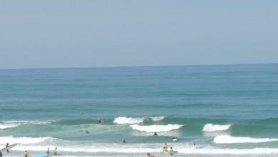 Surf report FR, Vieux Boucau (40) du 2013-08-04 12:00:00