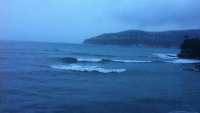 Surf report FR, Villefranche - Plage Marinières (06) du 2013-12-25 14:00:00