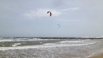 Surf report FR, Saint-Aygulf - Zone Kite (83) du 2014-05-21 13:00:00