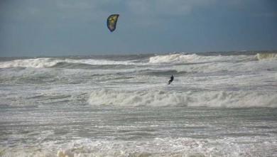Wind report FR, Lacanau Océan - La Nord (33) du 2014-02-10 12:00:00