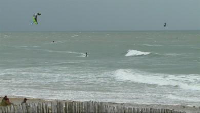 wind report FR, La Tranche sur Mer - La jetée (85) du 2014-04-26 17:00:00