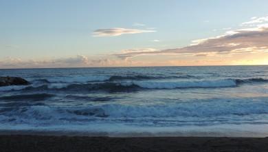 Surf report FR, Sausset les Pins - Plage du Port (13) du 2014-11-15 14:00:00